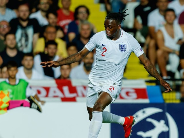 Aidy Boothroyd's decision to drop Manchester United target Aaron Wan-Bissaka for England U21s slated