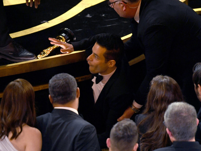 Oscars 2019: Rami Malek Falls Off Stage Shortly After Being Awarded Best Actor