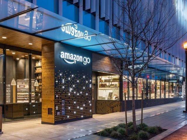 Amazon Go: AI-powered supermarket opens