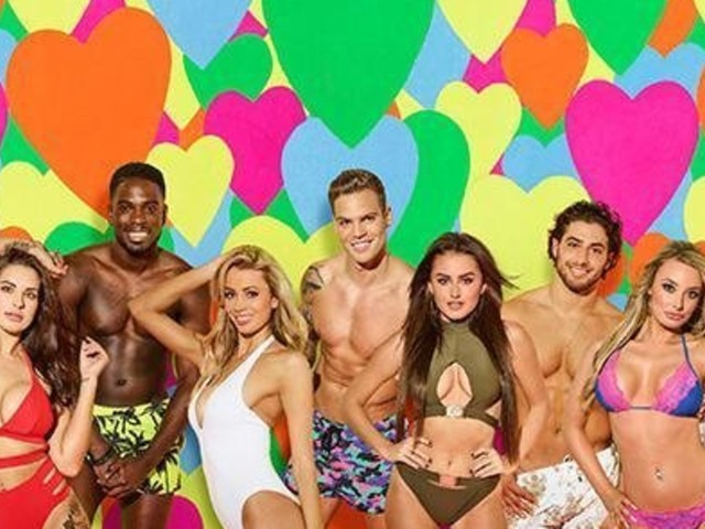 'Strictly Come Dancing' Bosses 'Target 'Love Island' Stars' For Future Series