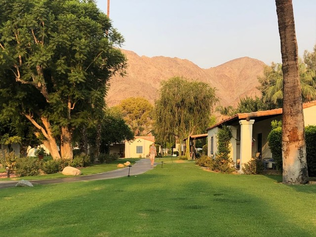 La Quinta Resort near Palm Springs offers stunning scenery, socially distant rooms, sprawling grounds, and 41 pools — here's what it's like to visit during the pandemic