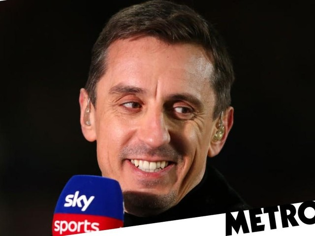 Gary Neville names midfield star Manchester United should sign ahead of Declan Rice