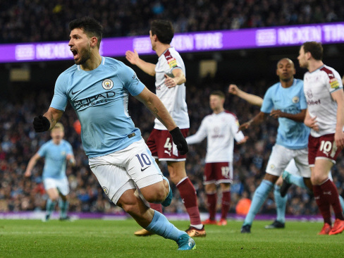 Aguero lifts City in FA Cup, Stoke sack Hughes