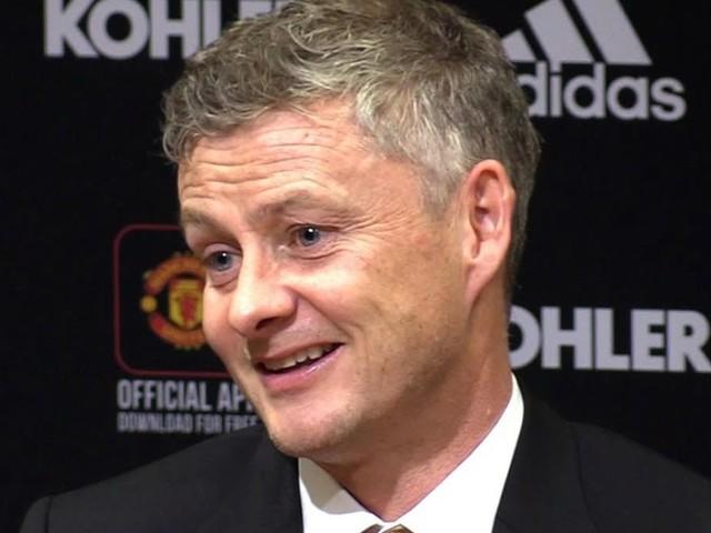 Ole Gunnar Solskjaer gives latest Man United transfer update on Dean Henderson