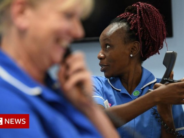 Nurse pay: RCN in formal dispute with Welsh government over 3% rise