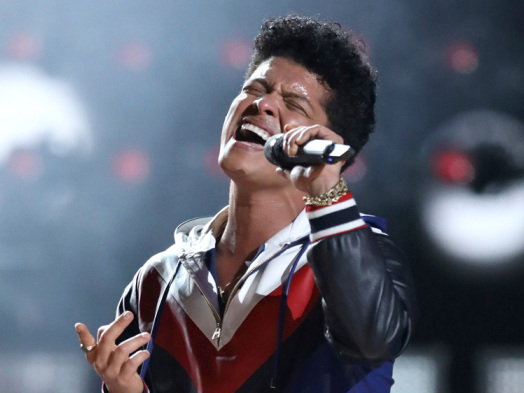 Hitmakers: From Beyonce to Kim Kardashian, the Stars Are All About Bruno Mars