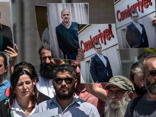 Turkish journalists stand trial on terrorism charges
