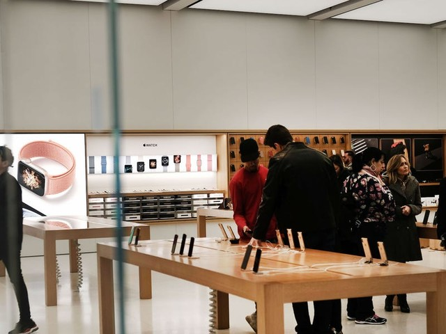 Apple is reopening 5 stores in the US — here's a list of the locations that have opened so far (AAPL)