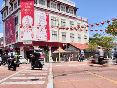 Traffic a breeze as Penangites prepare for CNY reunion dinner