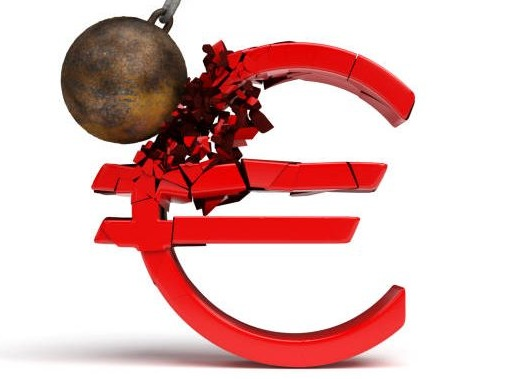 Euro Down after ECB, Oil Tumbles, Dollar and Yen Rise