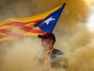 Thousands rally for Catalonia's secession in Barcelona