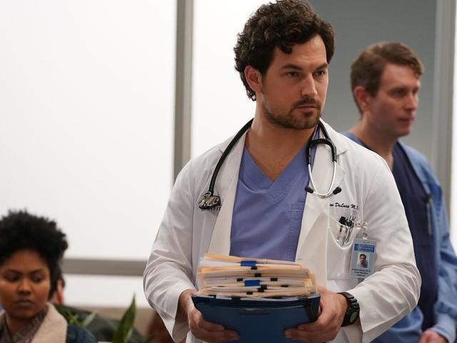 Grey's Anatomy's Giacomo Gianniotti Thinks DeLuca Will 'Thrive' In Season 17 COVID Storyline