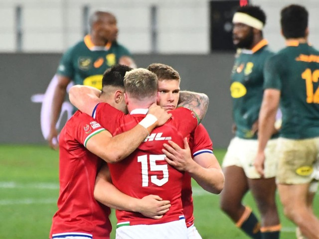 Lions beat South Africa at their own game – but must now brace for a fightback