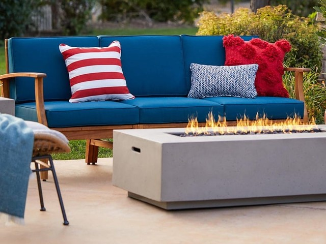 The best 4th of July sales that you can find today, including discounts at Backcountry, Best Buy, and West Elm