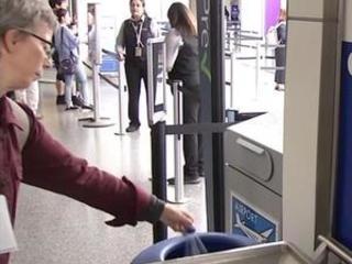 San Francisco airport begins plastic bottle ban