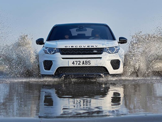 Heavily updated Land Rover Discovery Sport coming this year