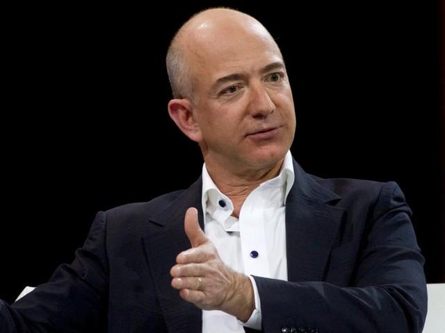 The 3 best ways to trade the Amazon-led retail apocalypse (AMZN)
