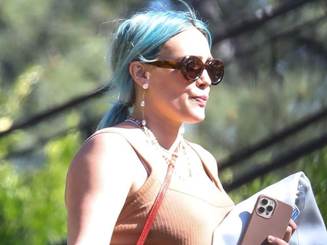 Pregnant Hilary Duff Wears Bump-Hugging Dress While Out in L.A.