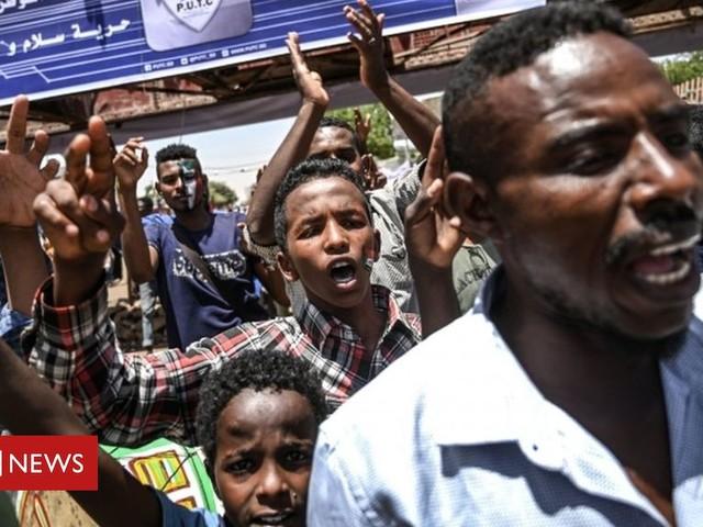 Sudan crisis: Protesters gather for announcement of civilian council