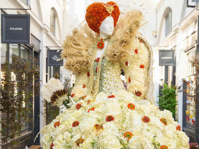 12 Gorgeous Dresses Made From Flowers Have Appeared In Covent Garden