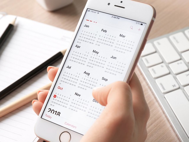 How to sync a calendar from your Mac computer to an iPhone, to access calendar updates on both devices