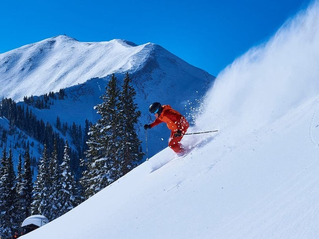 The wealthy are flocking to the Rocky Mountains, propelling ski-town real estate to new heights
