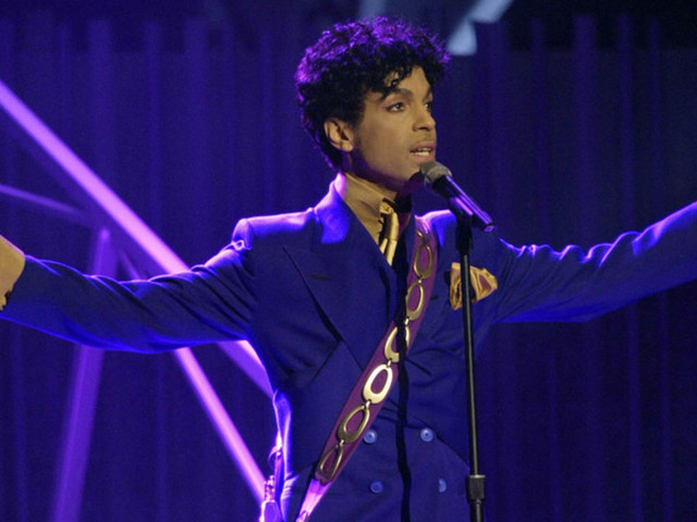 """Why Music Hates Trump: Prince's """"Purple Rain"""" and Pop's War with the President"""