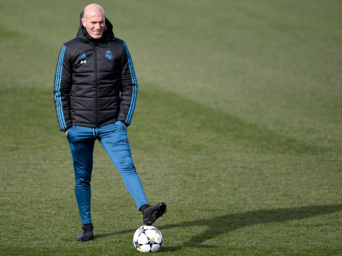 Zidane relaxed as Real Madrid get ready for PSG clash