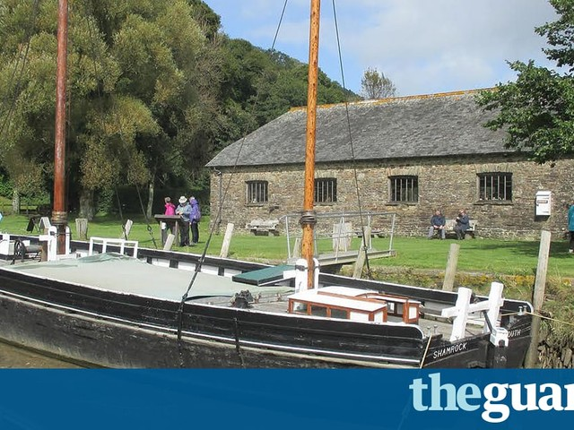 'River lorries' float us back on the tide of history