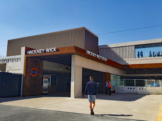 Reversal as London Overground ticket offices to remain open