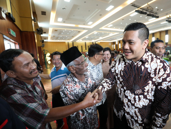 Thousands take part in the Penang govt's Raya open house