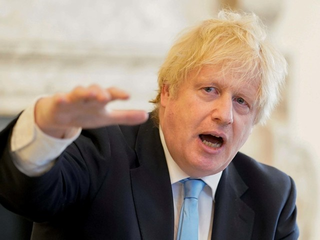 Roundhead MPs take on Laughing Cavalier Boris Johnson in the Battle of Dominic Cummings