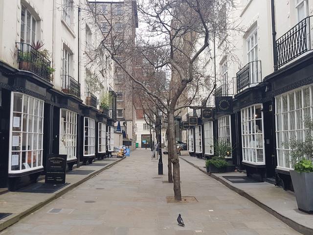 London's Alleys: Woburn Walk, WC1
