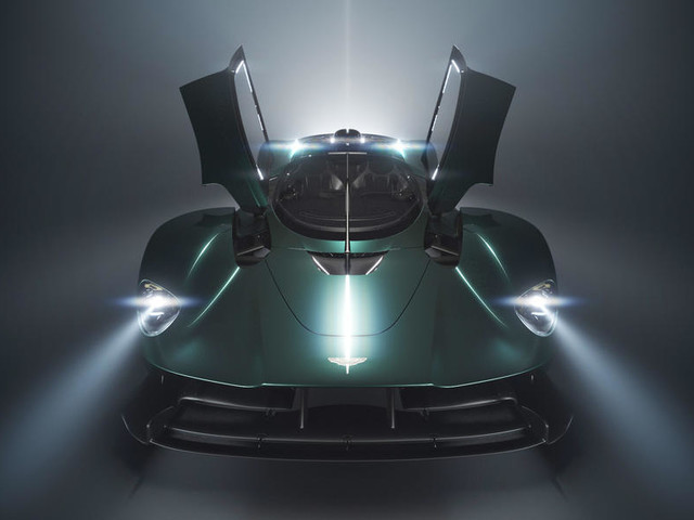 Open top Aston Martin Valkyrie previewed, full reveal on August 12