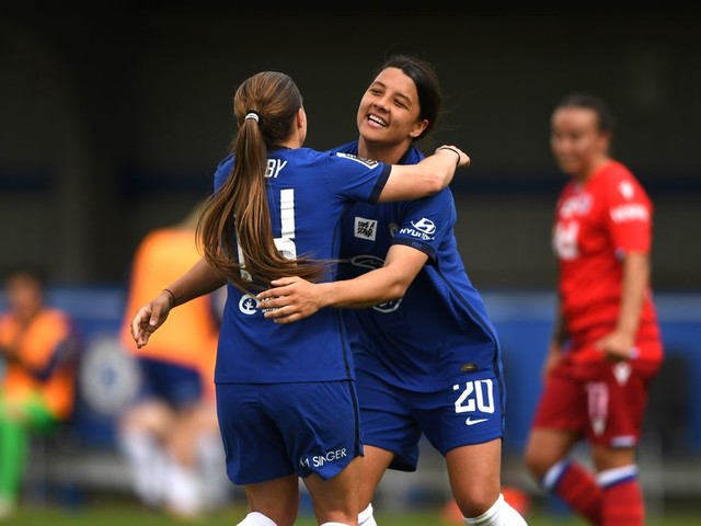 WATCH: Fran Kirby doubles Chelsea lead over Reading