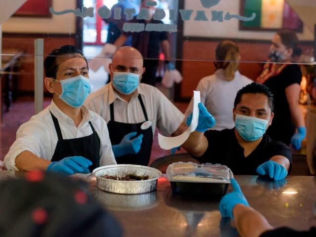 Stocks tank as pandemic fears return