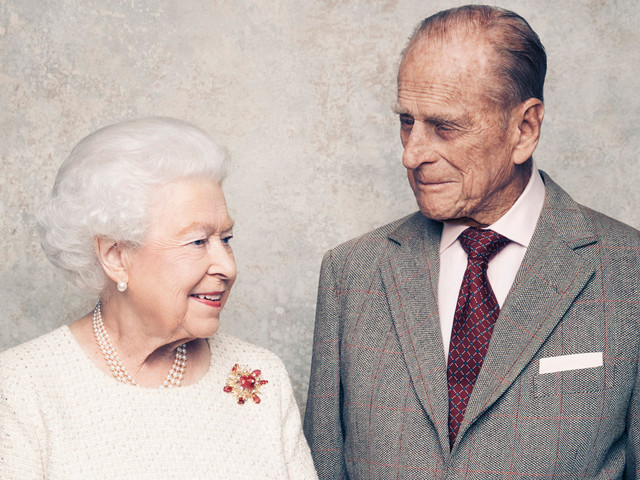 Queen Elizabeth & Prince Philip Celebrate 70th Anniversary with New Portraits!