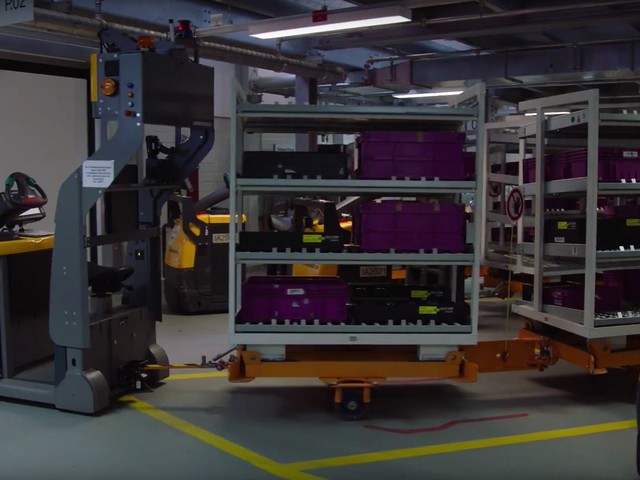 Video: BMW Shows Self-Navigating Material Trains, Part of Industry 4.0