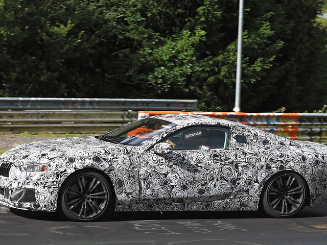BMW M8 - new pics of M8 Convertible