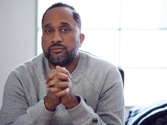 Netflix signs exclusive deal with 'Black-ish' creator Kenya Barris