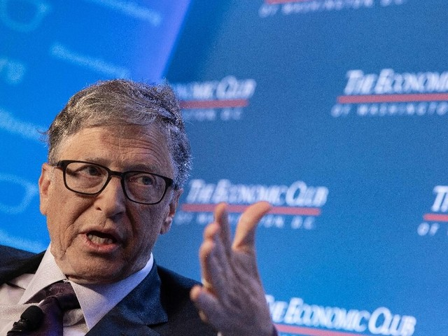 Microsoft missed mobile dominance by 'tiny' margin: Gates