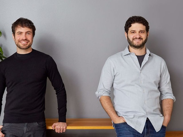 Facebook co-founder Dustin Moskovitz is reportedly looking at a direct listing for his $1.5 billion startup Asana to go public next year (AMZN)