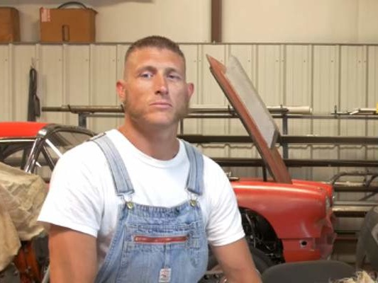 "Josh Owens' Wiki: Facts to Know about the ""Moonshiners"" Star"