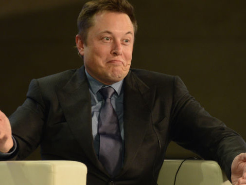 """Musk defense """"borders on the ridiculous,"""" SEC tells court"""