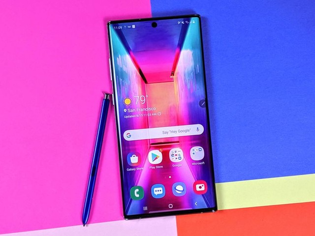 7 Note 10 wallpapers that hide the selfie camera and how to get them - CNET