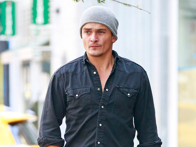 Rupert Friend Is Dressed Perfectly for the Fall Weather
