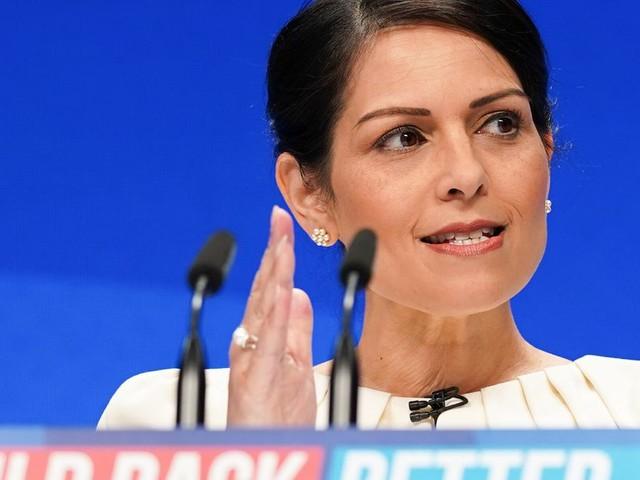BT Boss Defends £50m 'Fandangled' 888 'Walk Me Home' Phone Service For Women