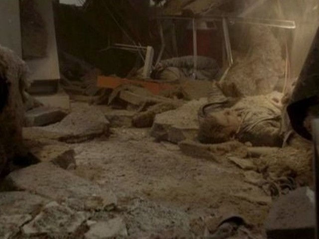 Coronation Street viewers think they've spotted who dies in factory collapse - and it's not Sally