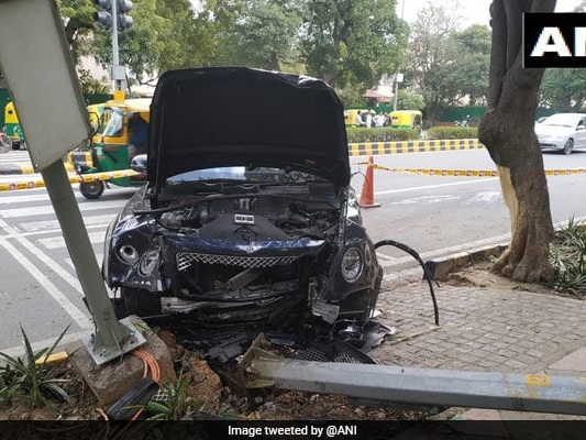 Bentley, Driven By Tycoon's Nephew, In Shreds After Hitting Auto