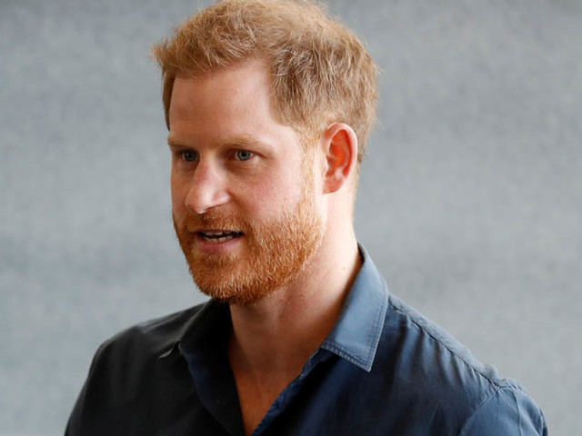 Prince Harry is Working On A Memoir That Will Focus On His Life In The Public Eye & Beyond